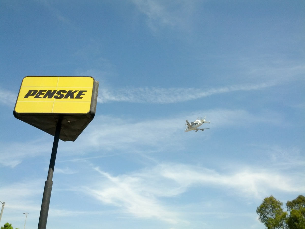 Space Shuttle Endeavour Flys Over Penske Truck Leasing Location