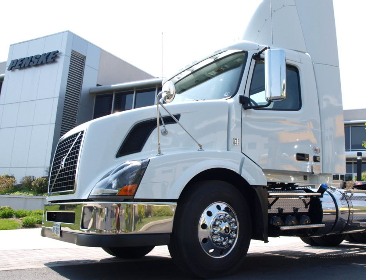 Penske Truck Leasing closes $450 million asset-backed securitization
