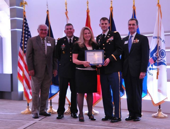 Penske Logistics Honored by U.S. Military Guard and Reserve