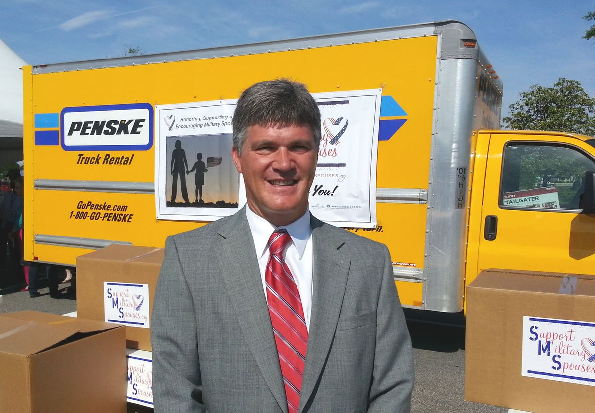 Penske Helps Honor Military Spouses