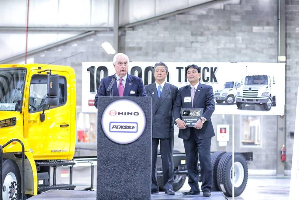Hino Delivers 10,000th Truck to Penske