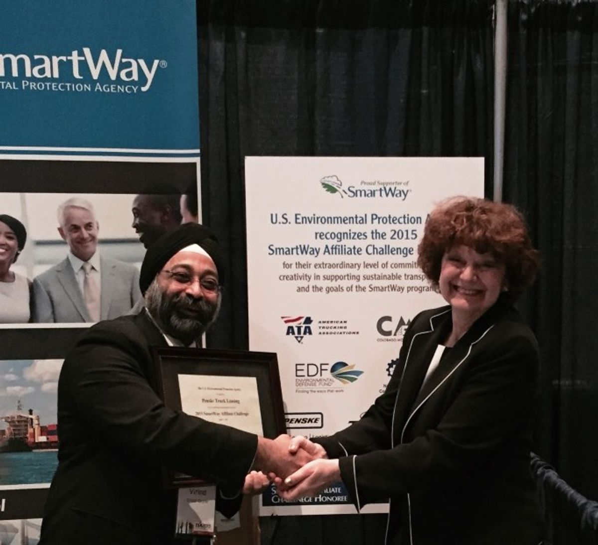 Penske Truck Leasing Winner of SmartWay Affiliate Challenge Award