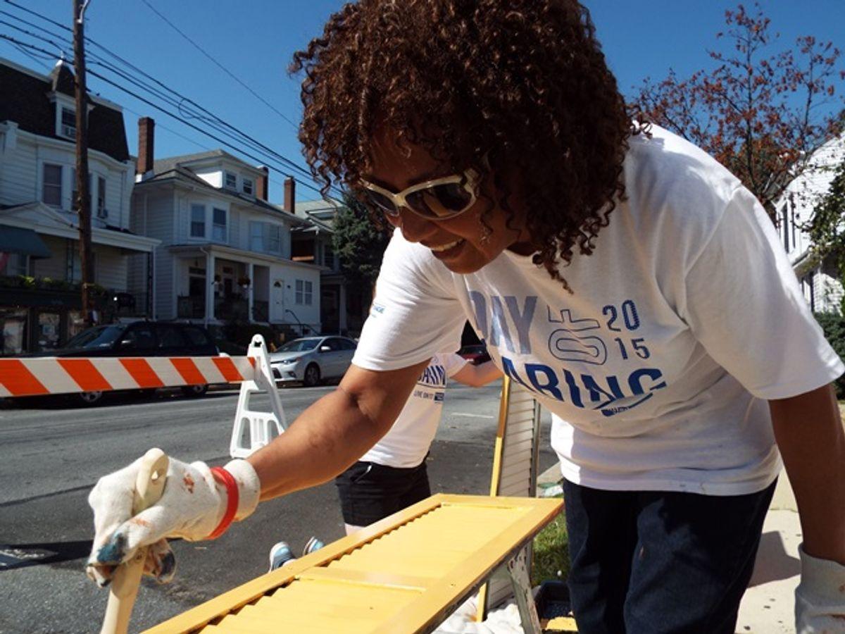 Penske Associates Give Back on Day of Caring