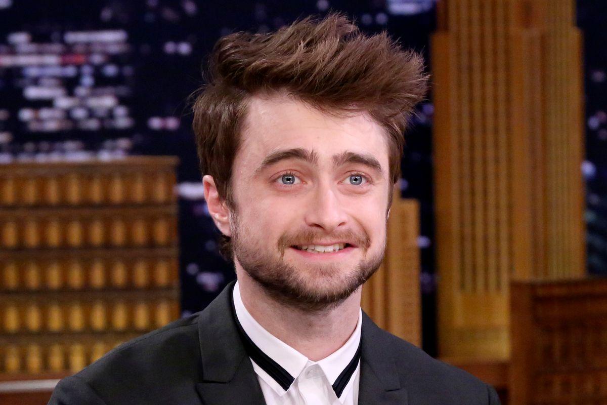 Daniel Radcliffe Tells Tom Brady to Put His MAGA Hat Away