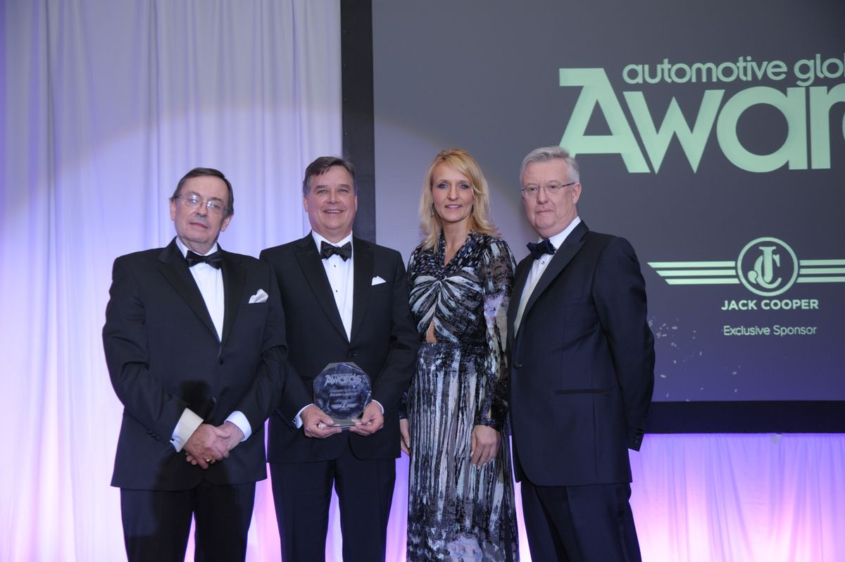 Penske Named Corporation of Year by Auto Supply Chain Magazine