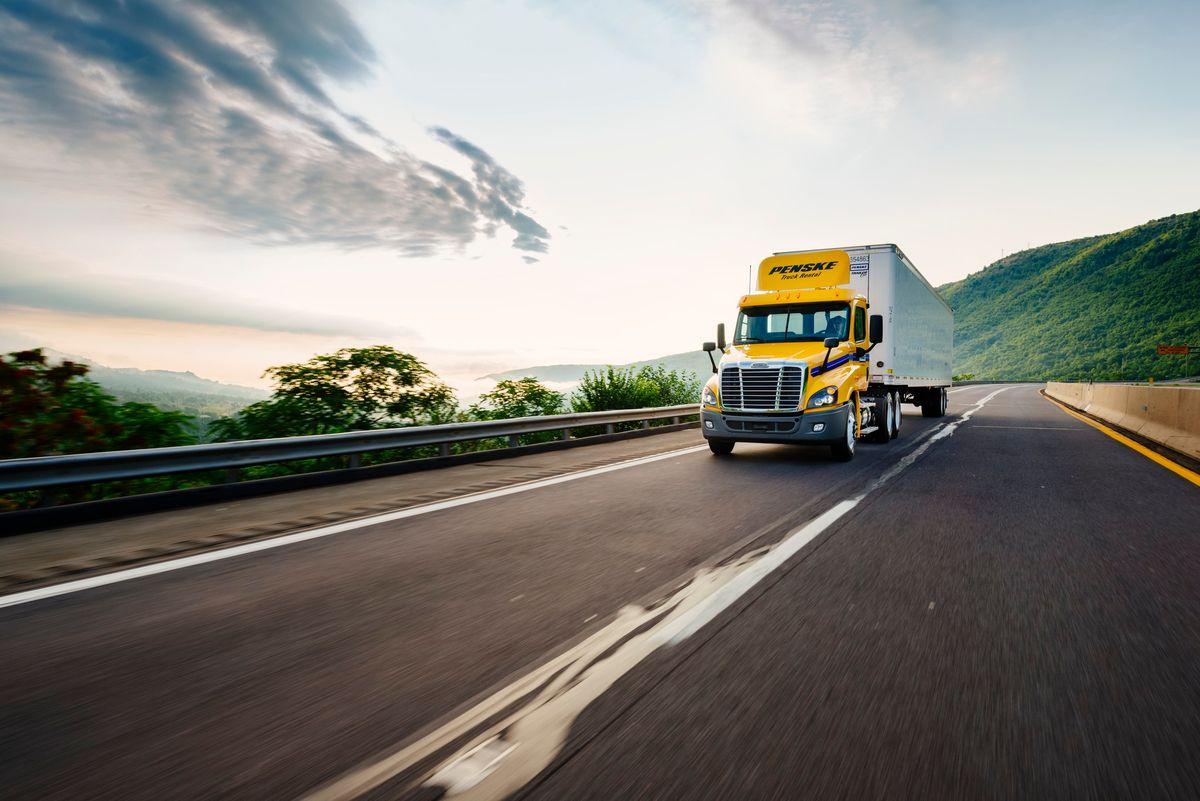 """Penske Truck Leasing Unveils """"Penske Fleet™"""" Mobile App"""