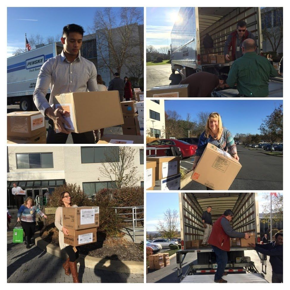 Penske Associates Provide Thanksgiving Meals for Area Families