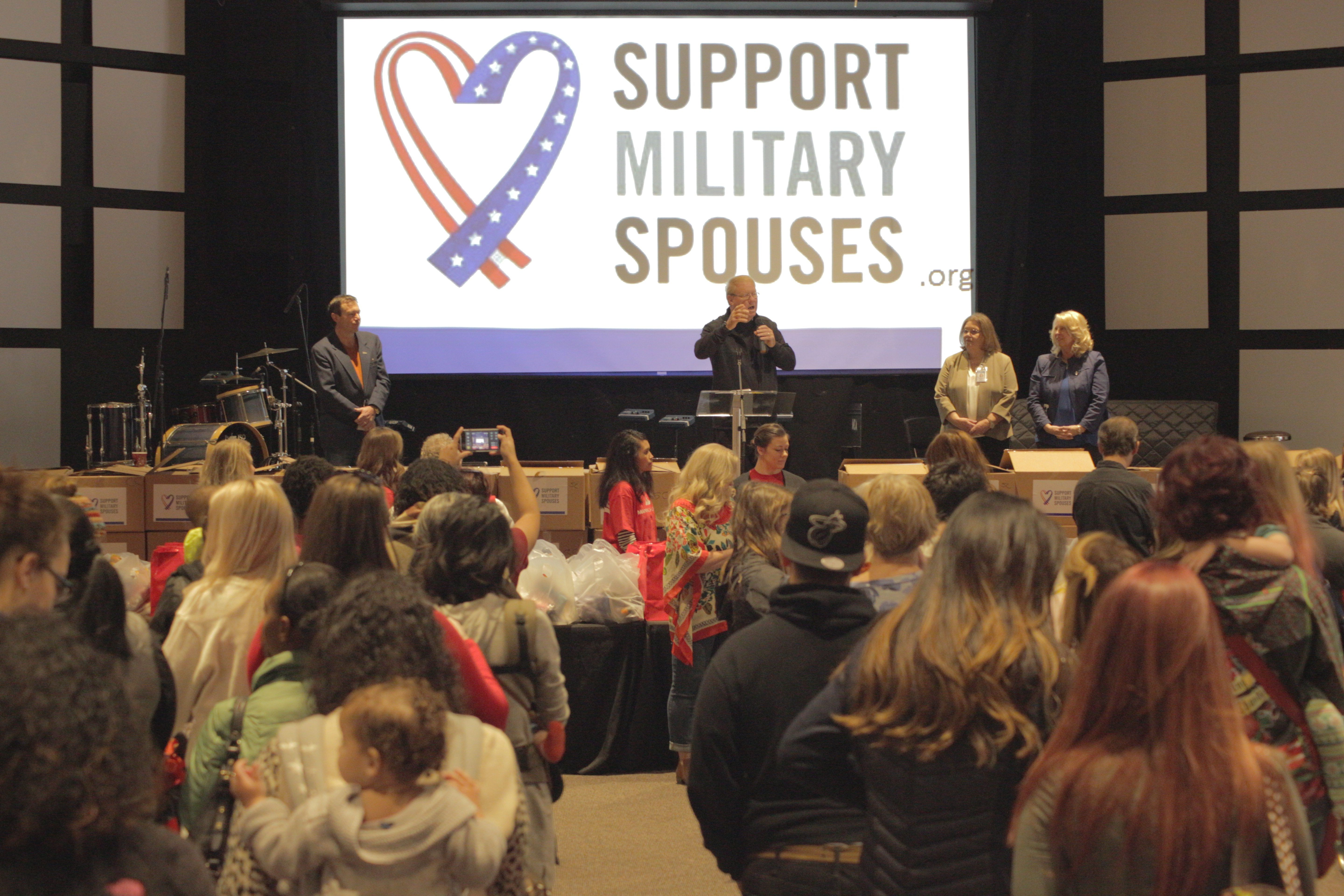 Penske Helps Bring Holiday Joy to Military Spouses