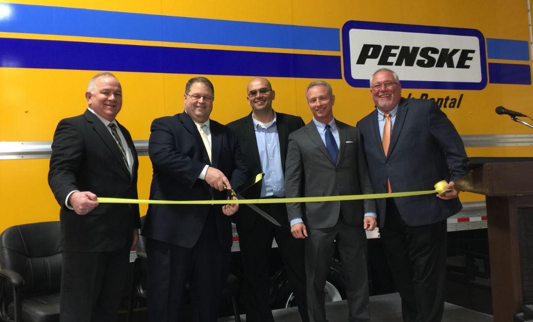 Penske Truck Leasing Expands Facility in Laredo, Texas