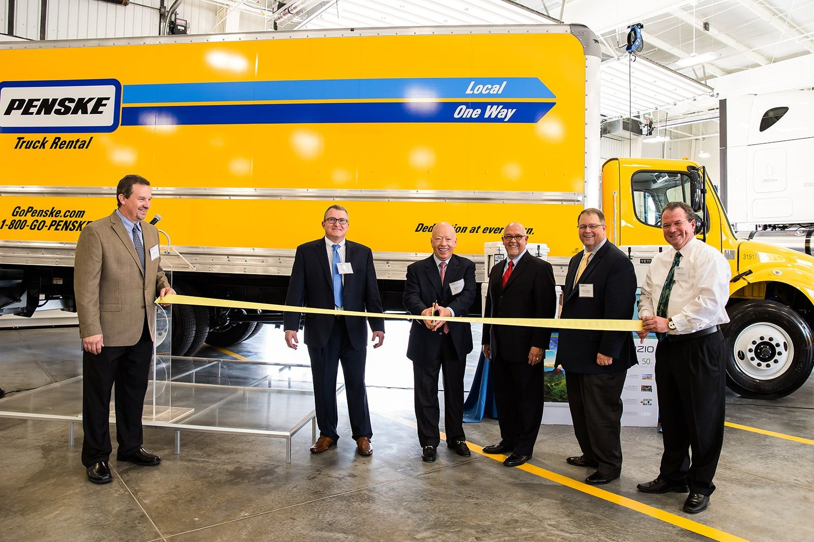Penske Truck Leasing Expands Into North Houston