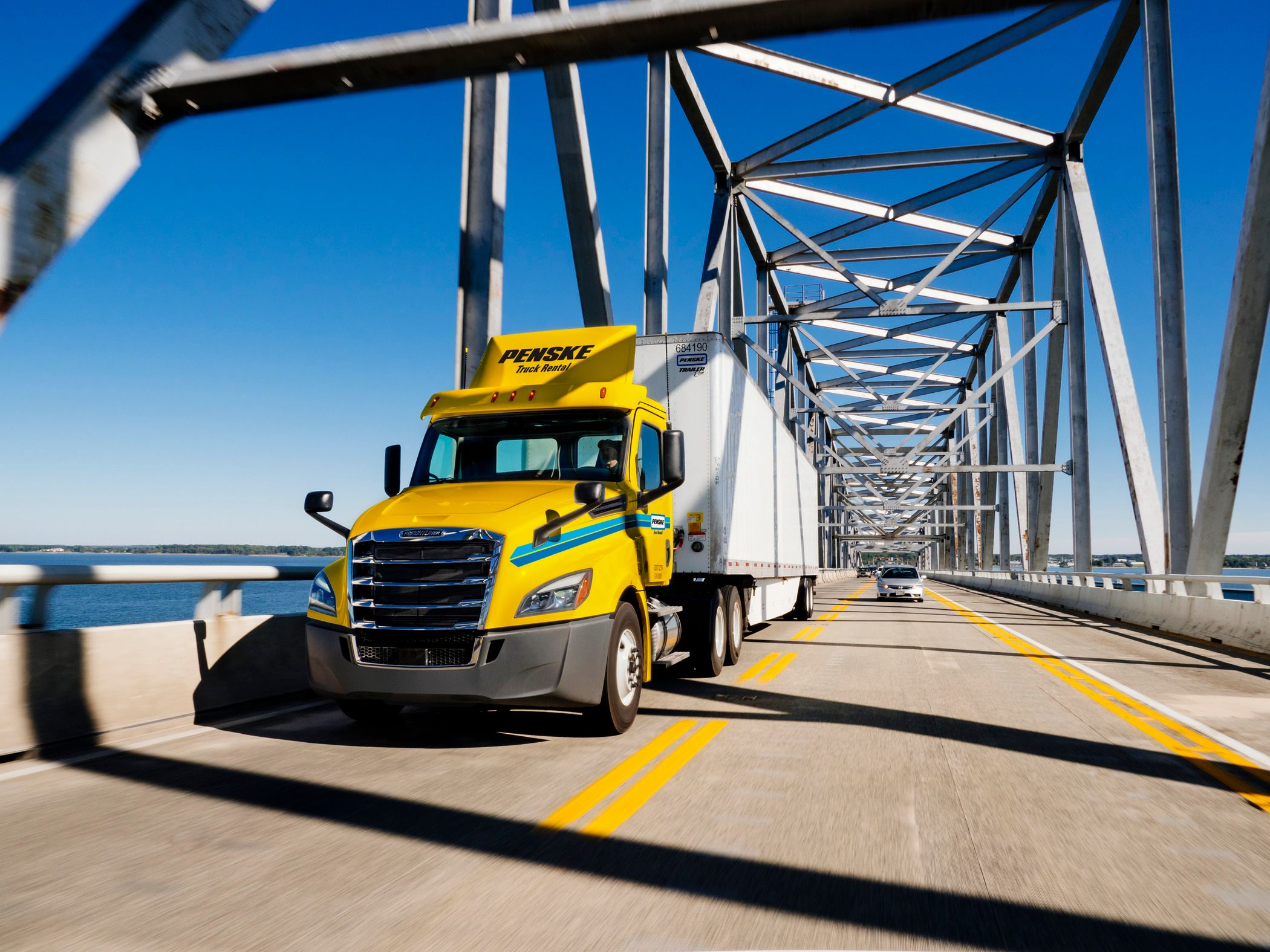 Penske's Truck Driver App Gets Major Upgrade Ahead of Holiday Freight Season