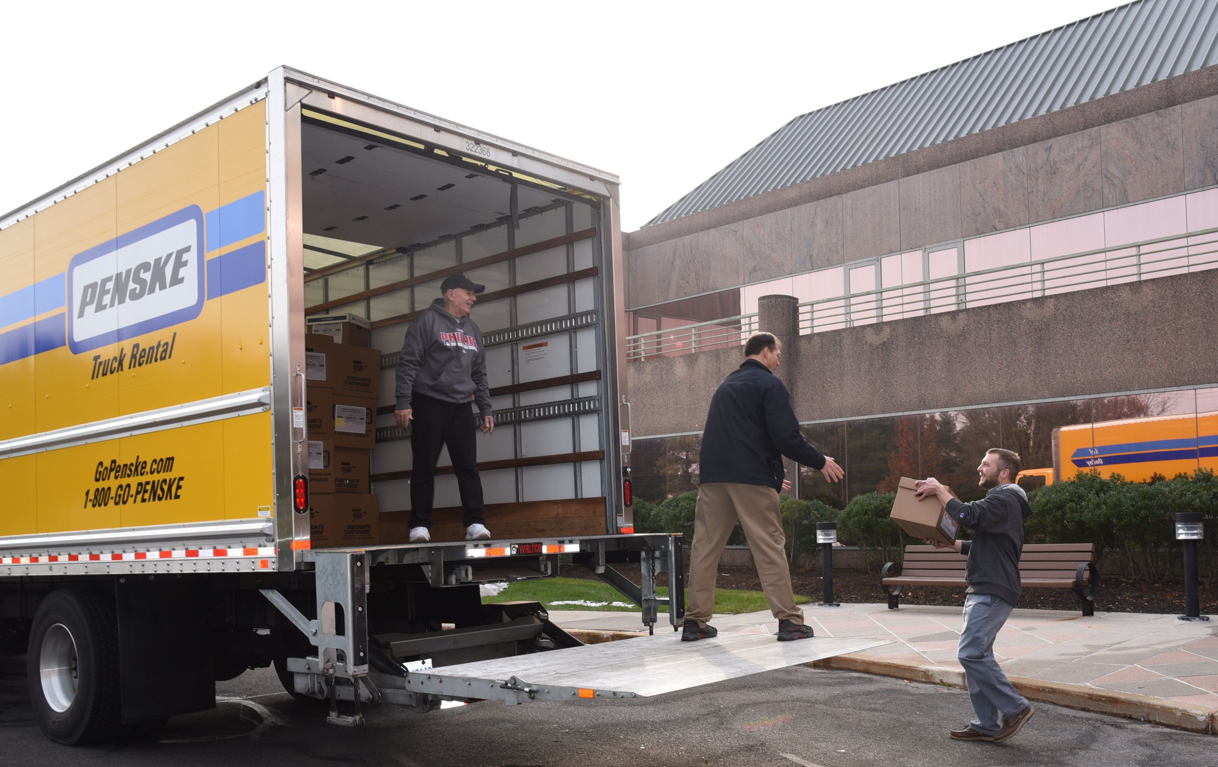 Associates Provide Thanksgiving Meals for More than 150 Pennsylvania Families
