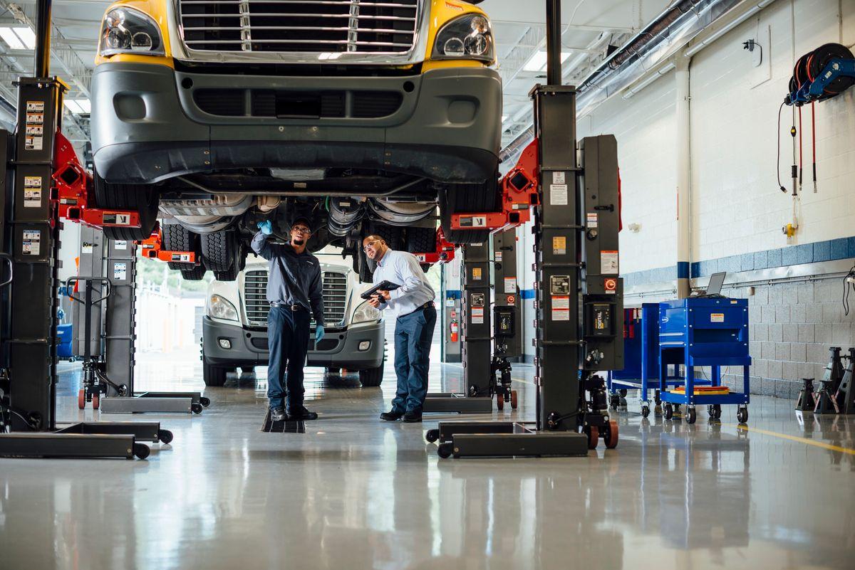 Penske Investing in Next Gen Maintenance Workforce by  Joining TechForce Foundation's FutureTech Success Campaign
