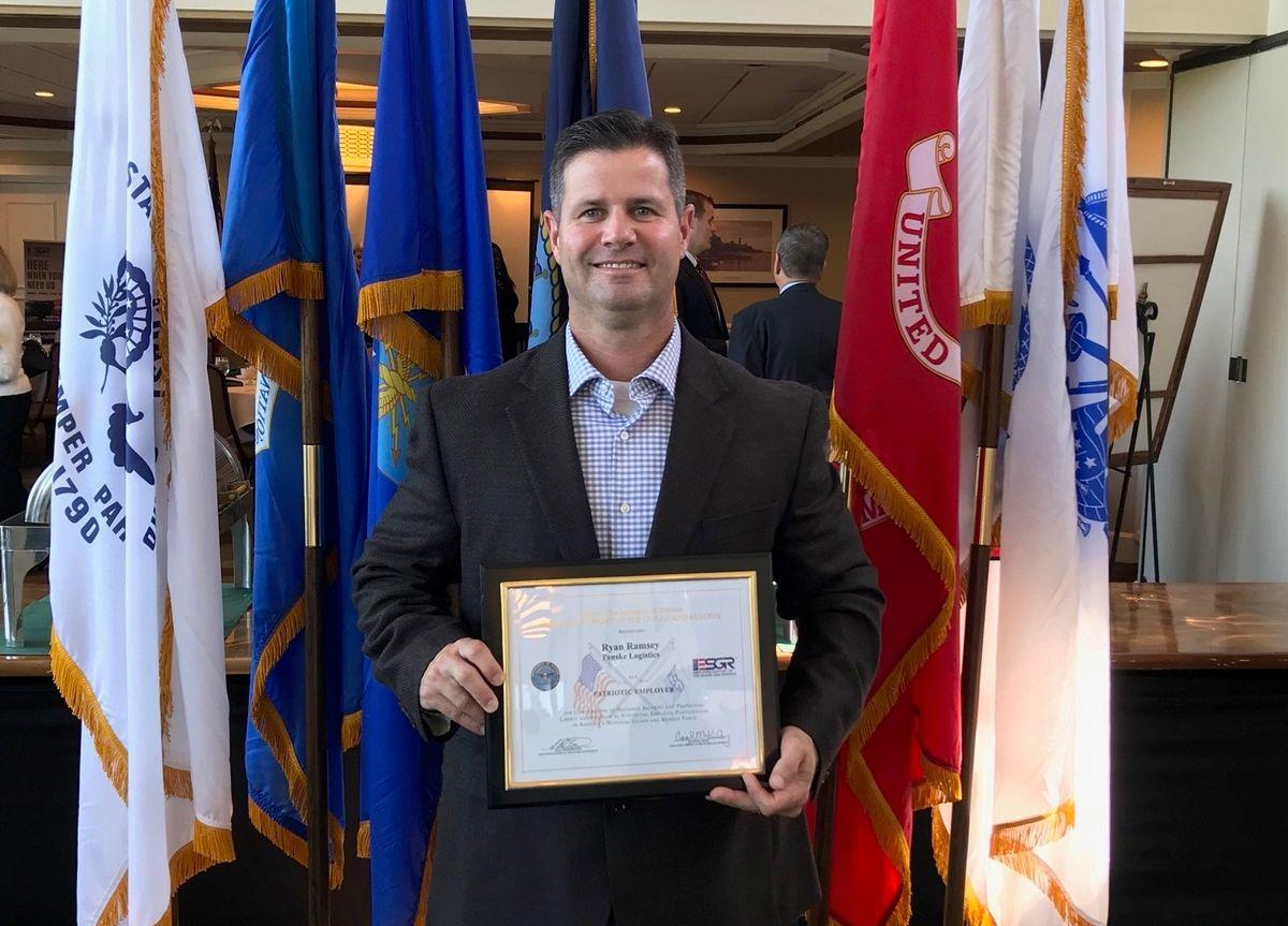 Penske Logistics Manager Awarded Patriot Award for Military Support