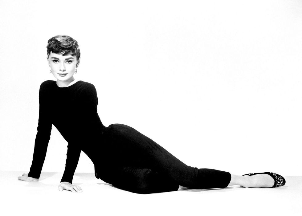 Facebook / Audrey Hepburn Elegant soul.
