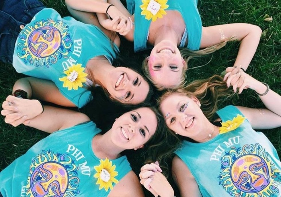 7 Reasons To Seriously Consider Going Greek