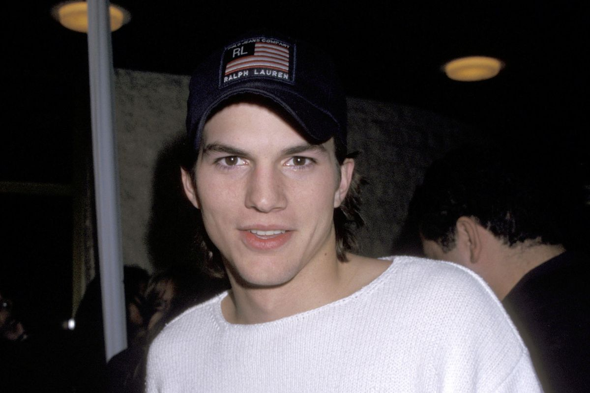 Hollyweird: Ashton Kutcher's Girlfriend Was Killed on Grammys Night