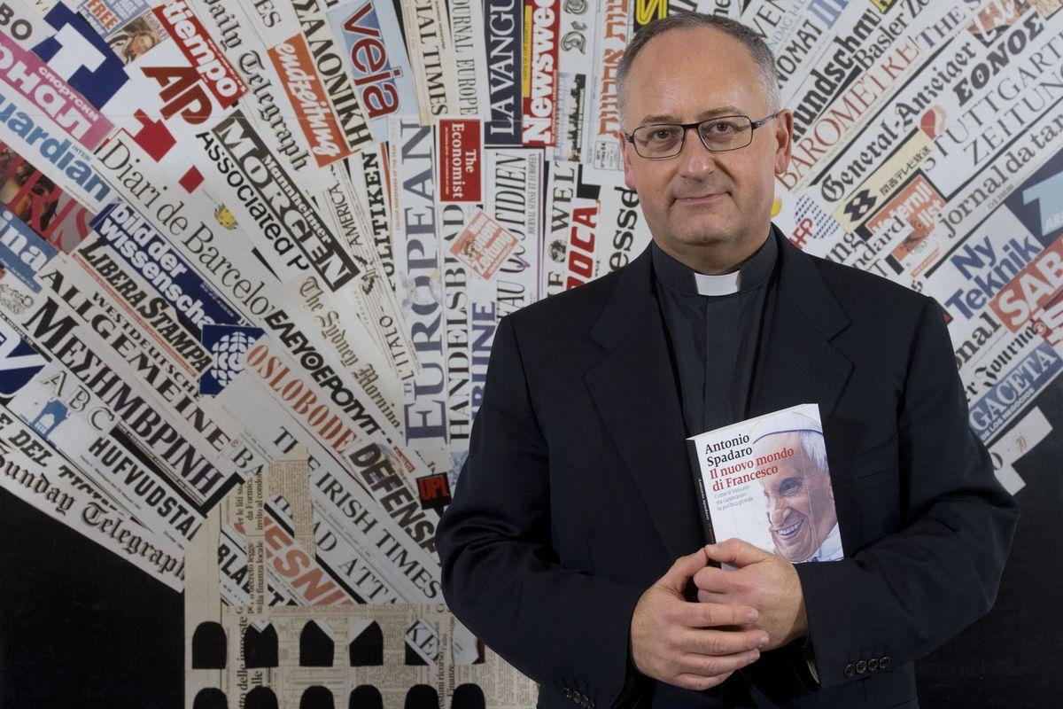 L'ispiratore del Papa sbaglia martiri: celebra l'europeista e scorda i cristiani