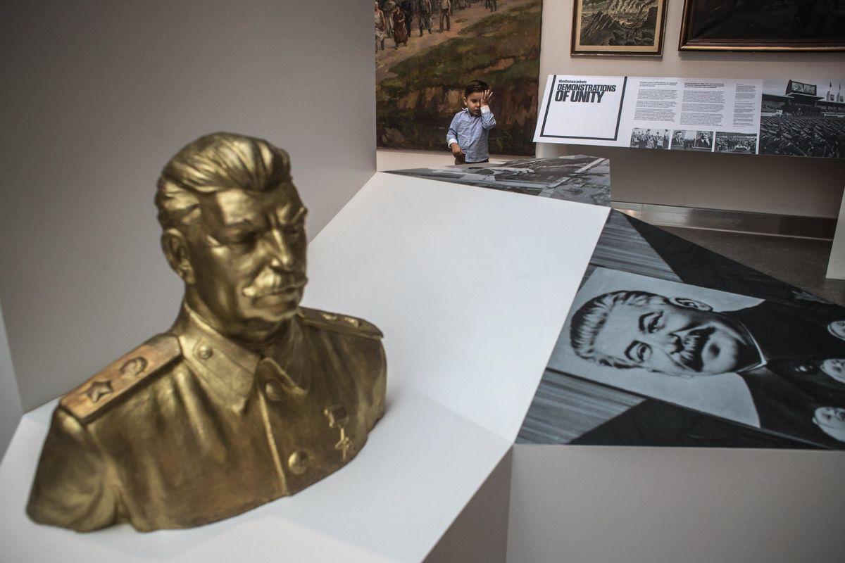 Firmate per una Giornata che ricordi le vittime delle mattanze comuniste