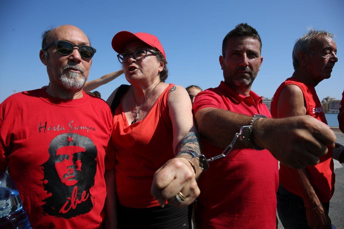 Un Papa nero potrà salvare l'Africa da scafisti e preti in maglietta rossa
