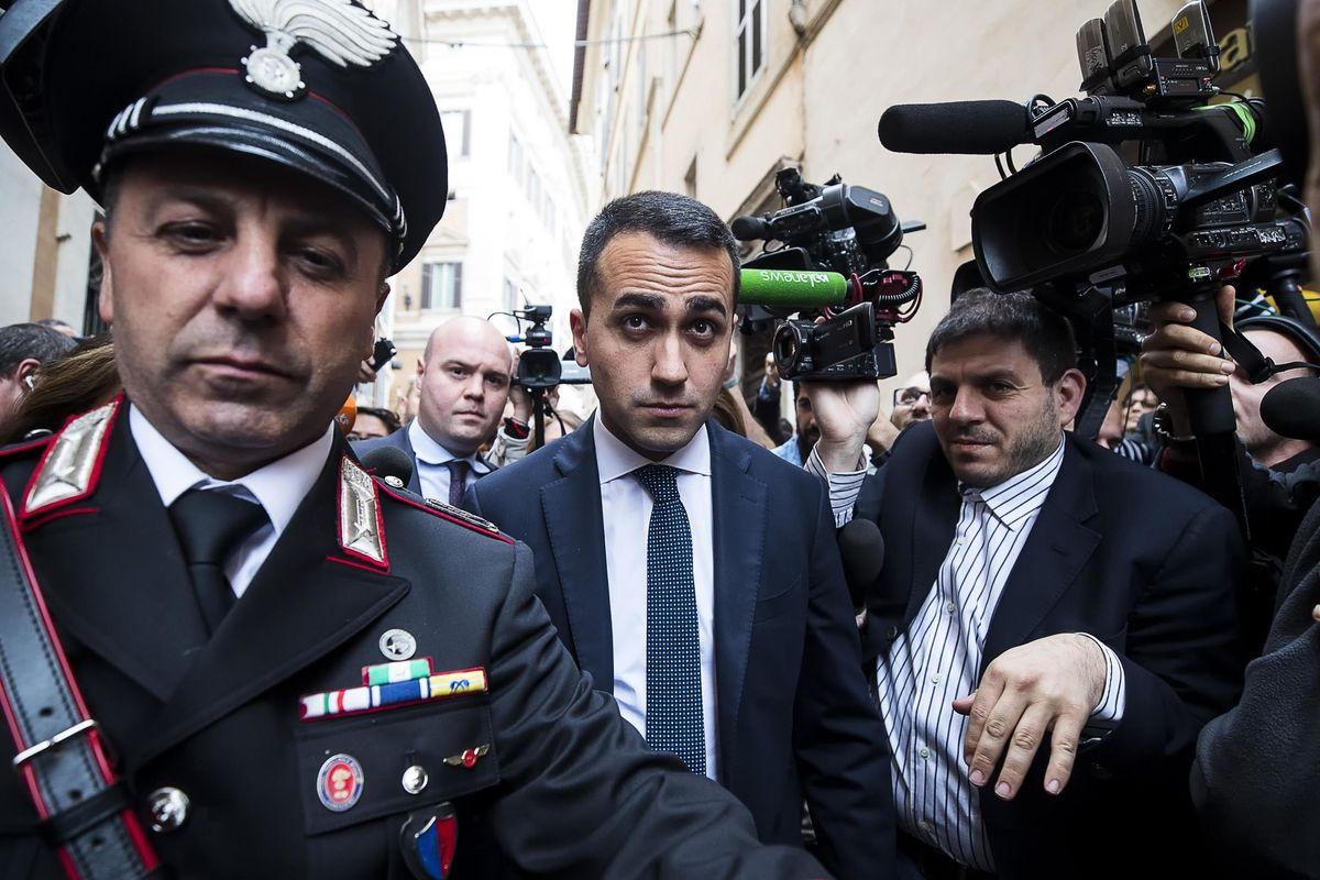 Di Maio va all'assalto dei tecnici: «I poteri forti ci manomettono»