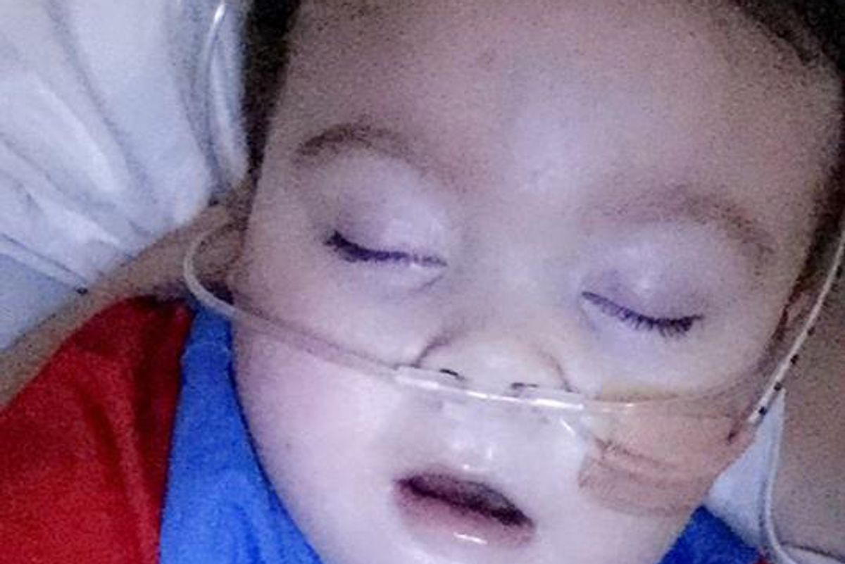 Un tweet di Francesco salverà Alfie dalla condanna a morte dei medici?