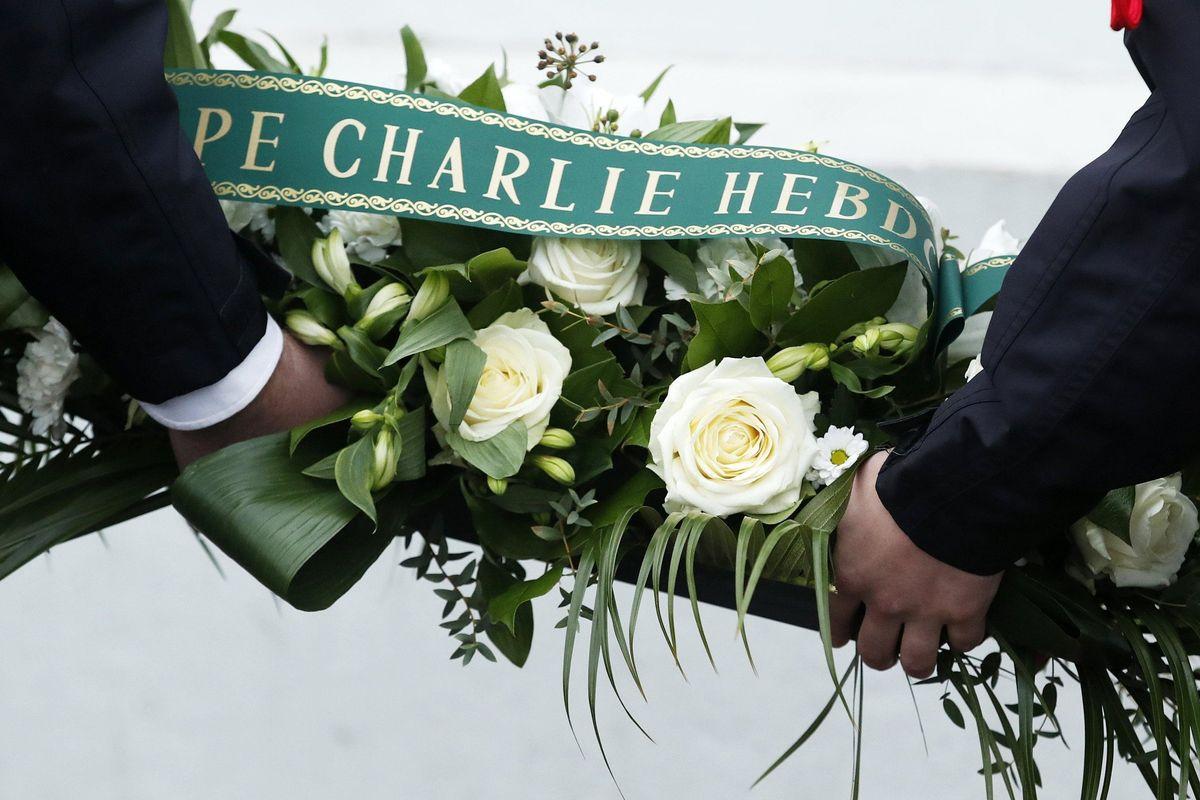 Processano i morti di «Charlie» anziché i killer