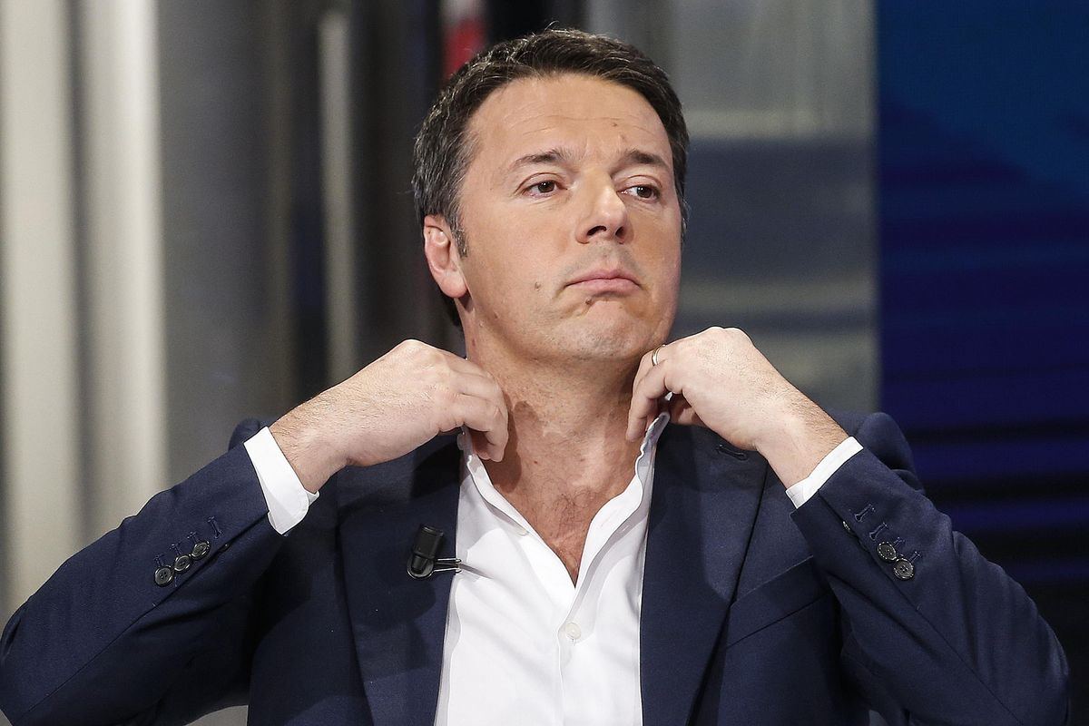 Il piano di Renzi per risorgere (fregando i voti a Forza Italia)