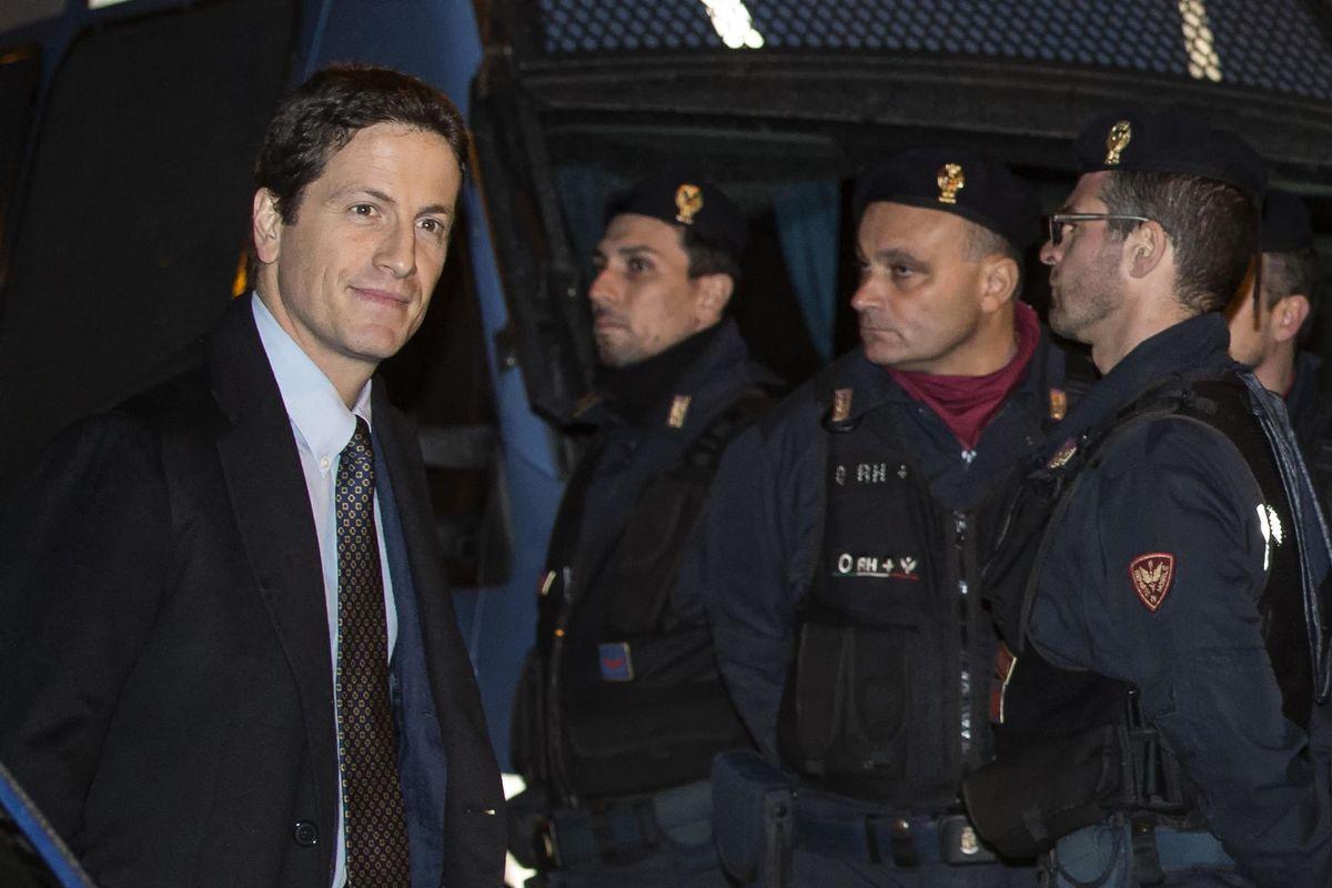 Nell'inchiesta sullo stadio Parnasi tira in ballo il Pd: «L'assessore Civita chiedeva favori»