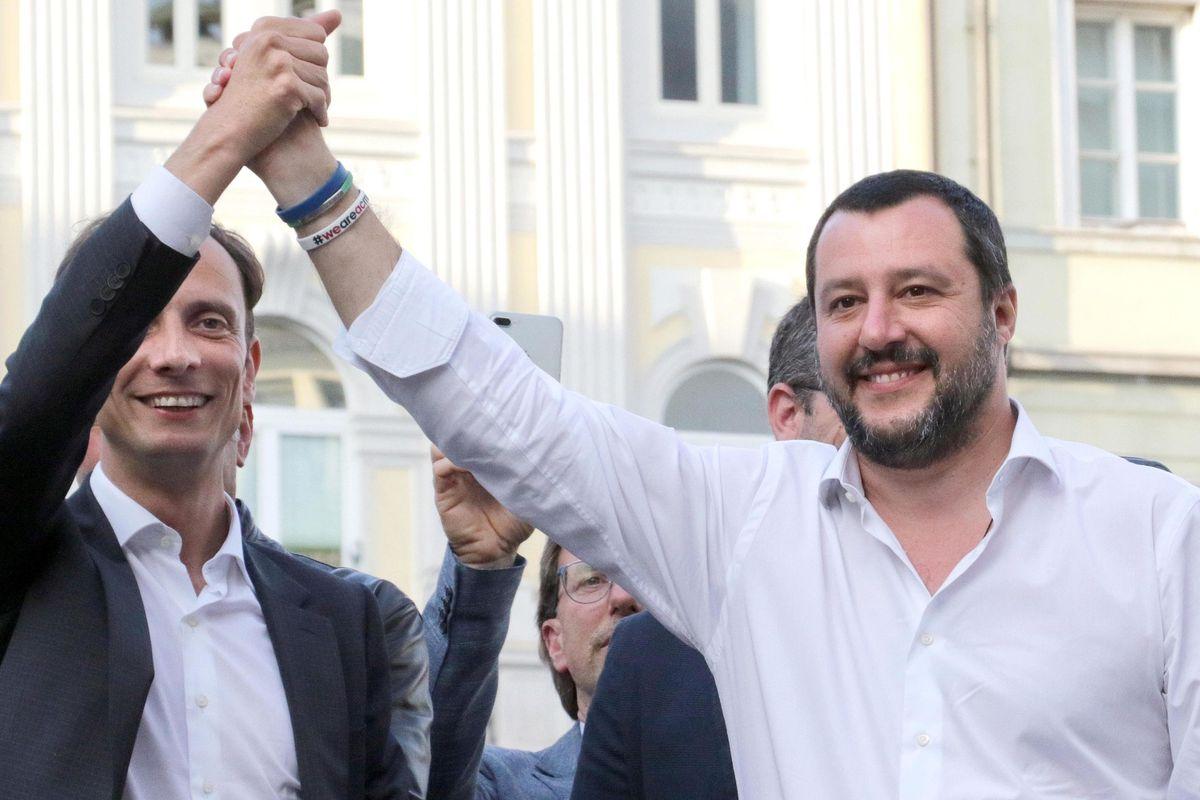 Salvini battezza l'internazionale populista. E la linea dura sulle Ong funziona