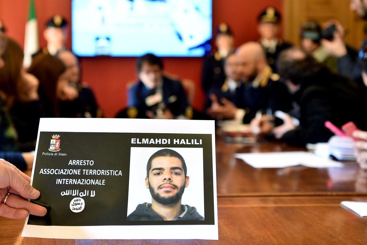 Il jihadista delle Alpi cercava camion per uccidere gli italiani. La polizia: «Minaccia incombente sul Papa»