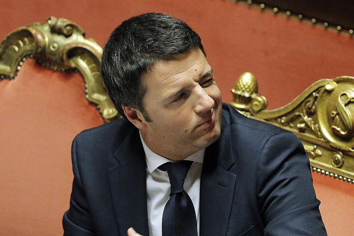 Renzi tiene ancora  in pugno il Pd e vuole farlo alleare con Forza Italia