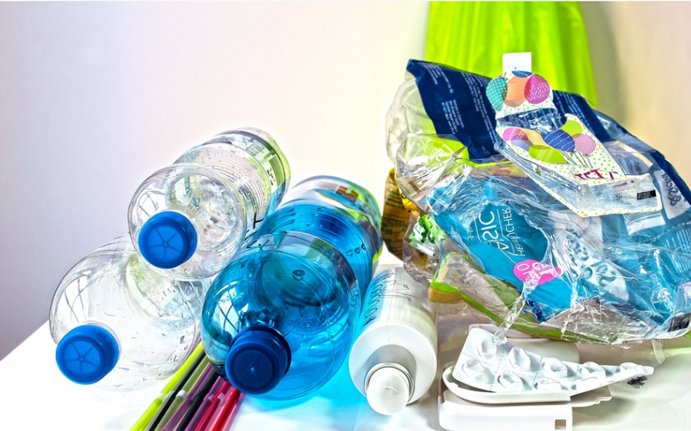 6 Ways To Dramatically And Effectively Reduce Plastic Waste Without Regulation