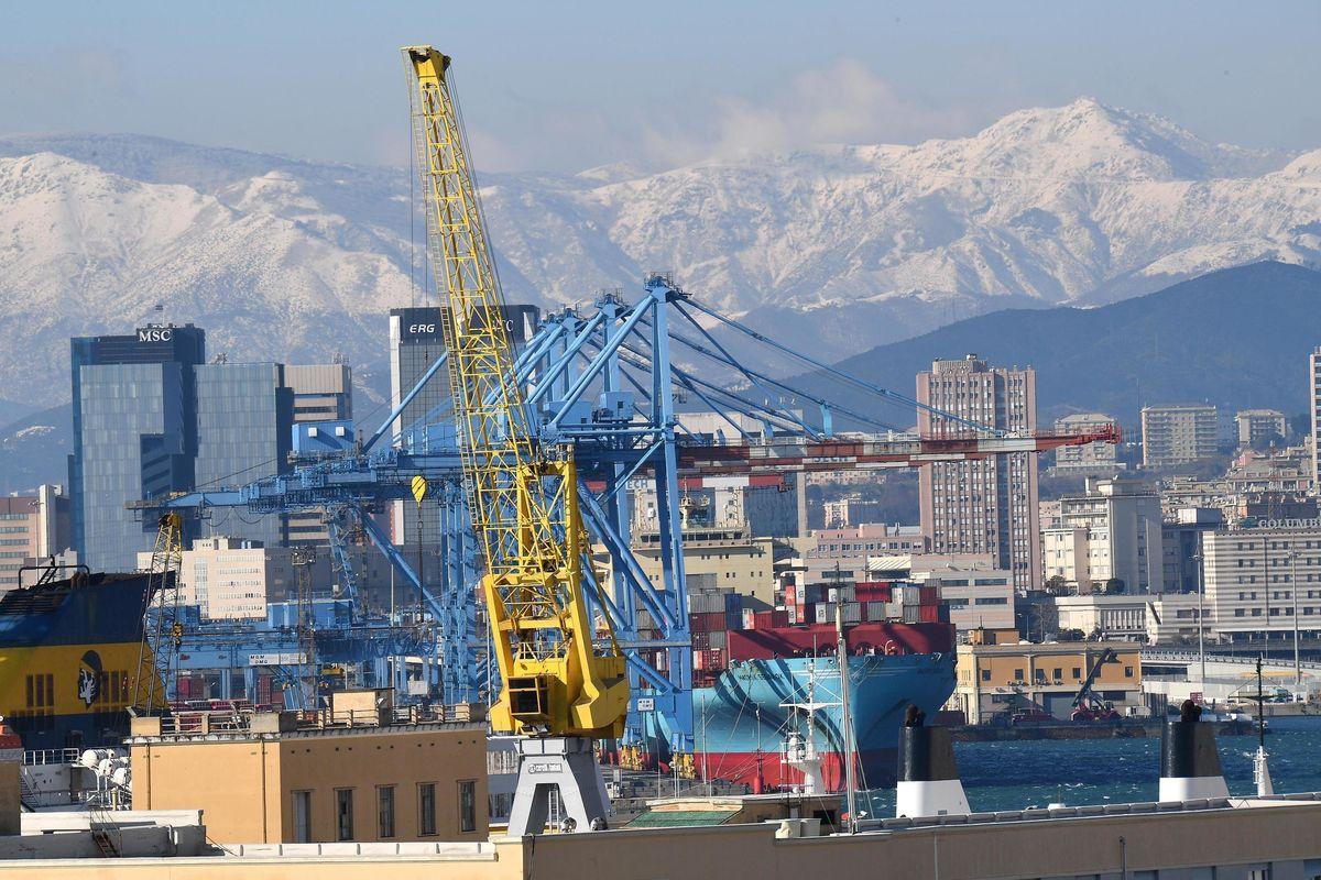Porto di Genova alla Cina grazie alla sinistra