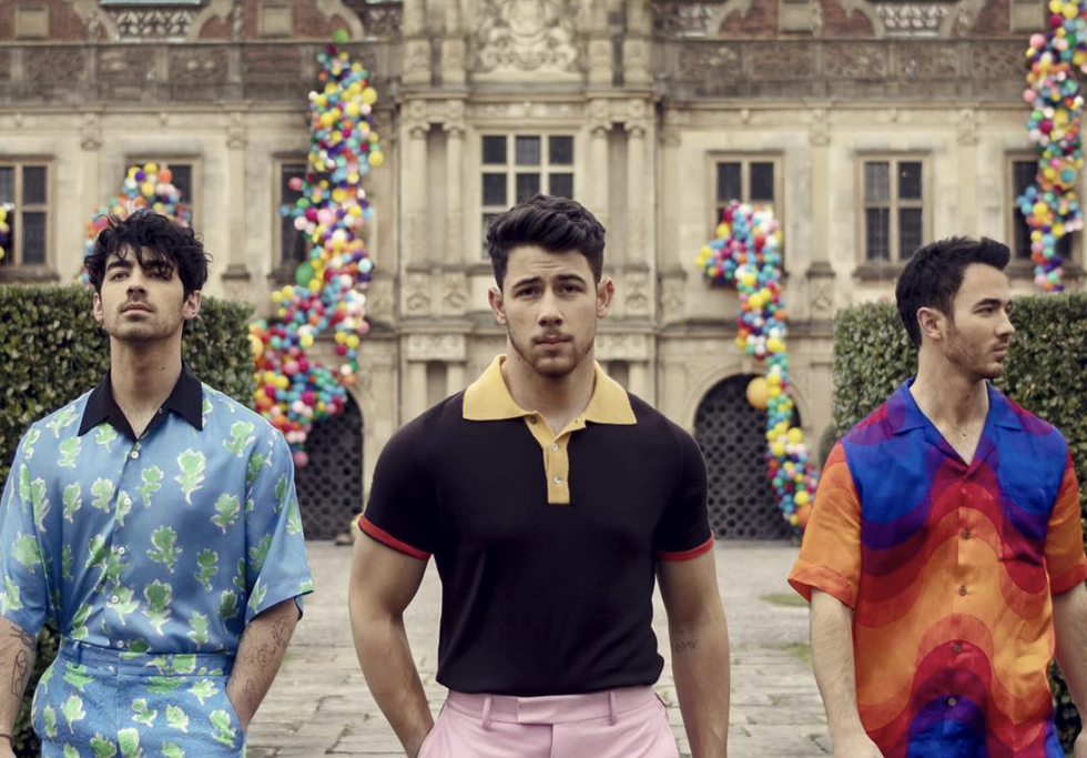 12 Songs That Prove You're A Sucker For The Jonas Brothers