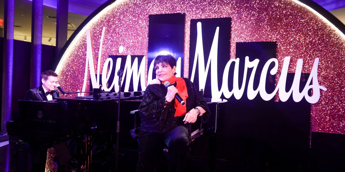 Liza Minnelli Sang 'New York, New York' at Neiman Marcus