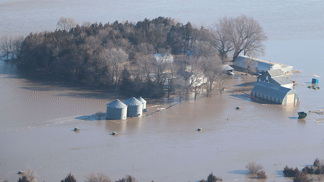 Two Dead, Hundreds Evacuated as 'Historic' Flooding Swamps Midwest