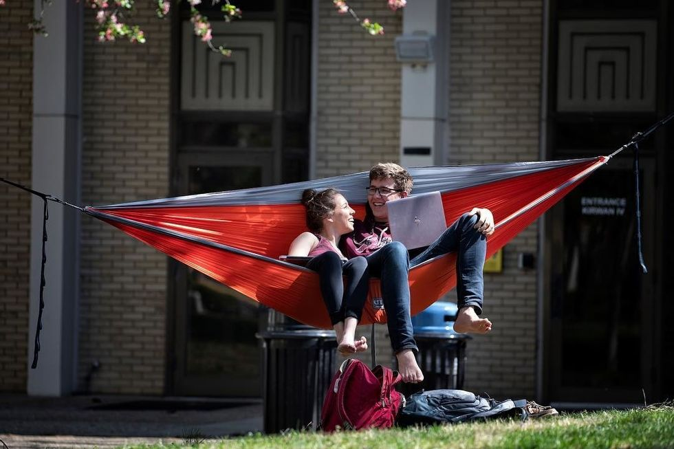 5 Outdoor Places To Study At UK When The Weather Decides To Cooperate