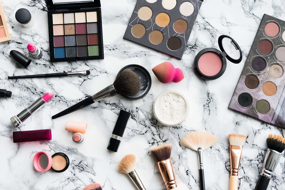 14 Suggestions From My Makeup Case