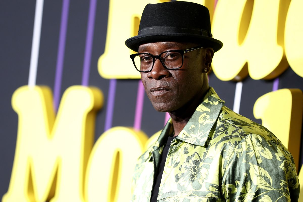 Don Cheadle Makes Important Fashion Statements on 'SNL'