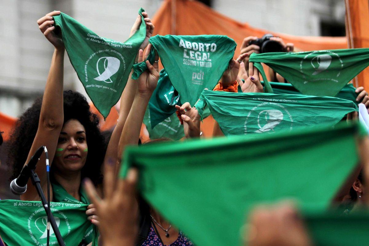 L'Argentina insegna: chi ama le donne non tifa per l'aborto
