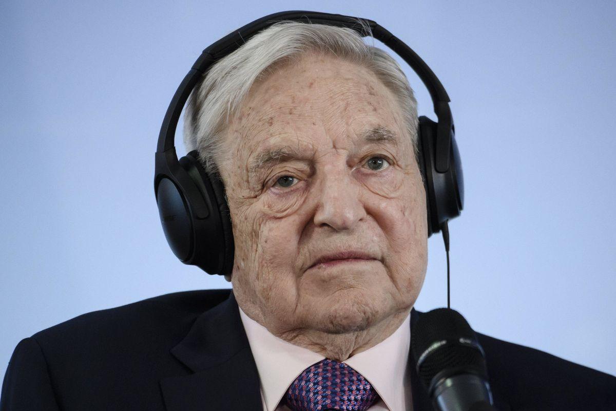 Orban caccia Soros e lo speculatore si rifugia a Berlino