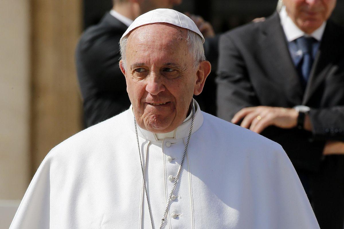 Il tabù dei gay al vertice vaticano sulla pedofilia: «Non ne parleremo»