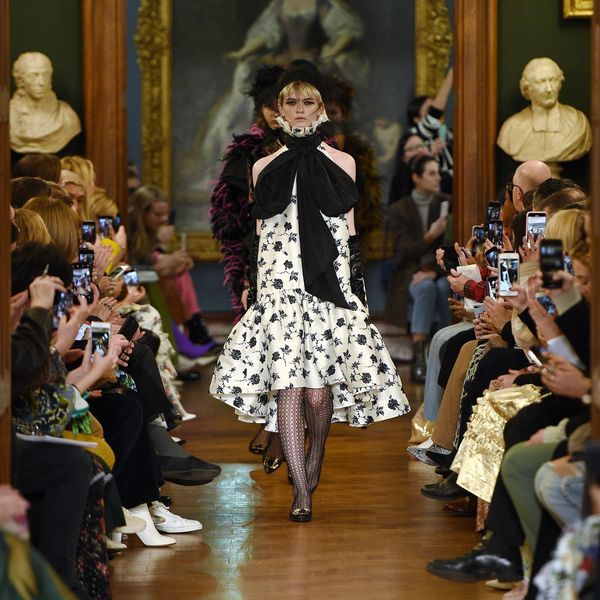 Erdem Makes a Case for Giant, Dramatic Bows