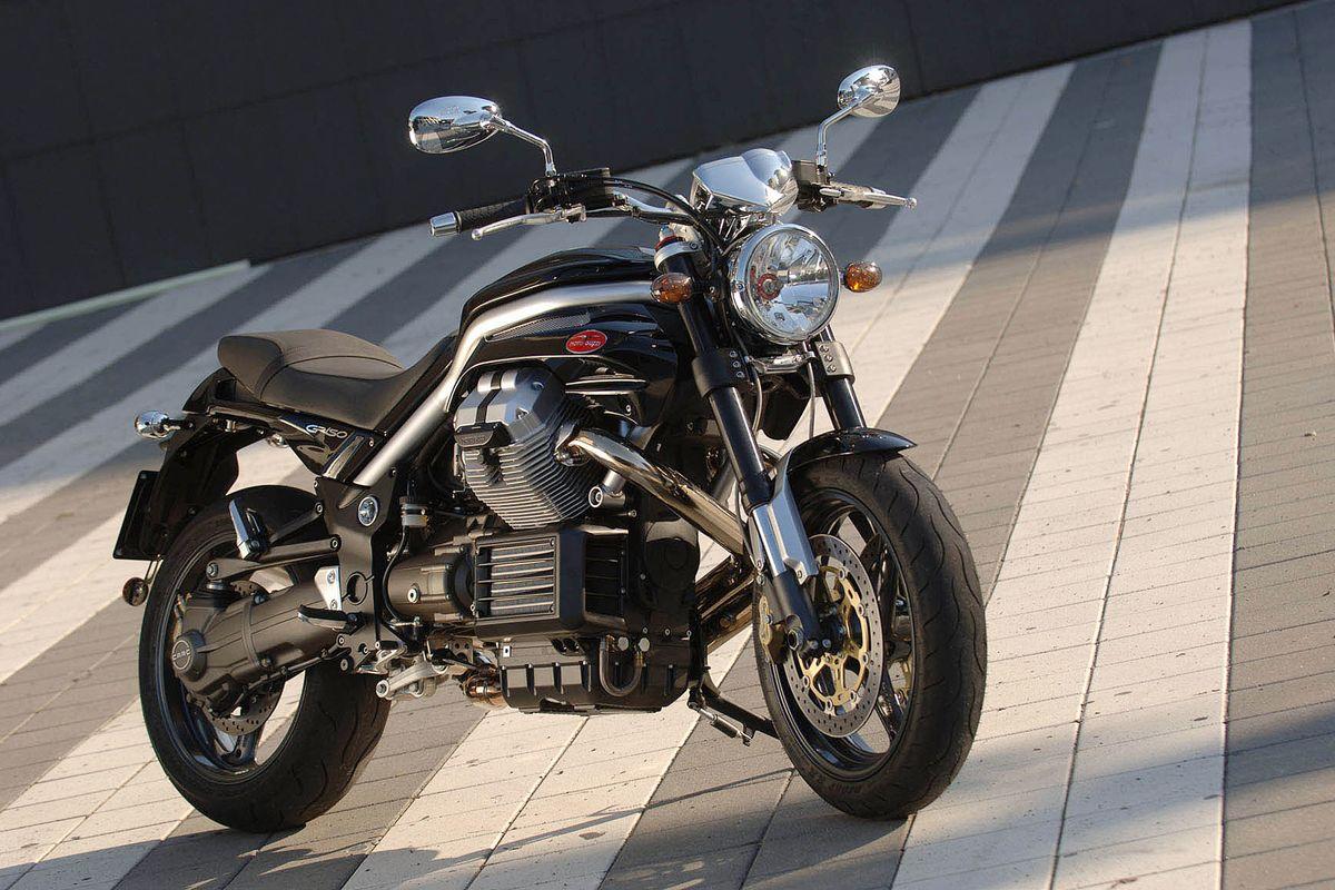 Le moto riscoprono lo stile vintage abbinato alla tecnologia elettrica