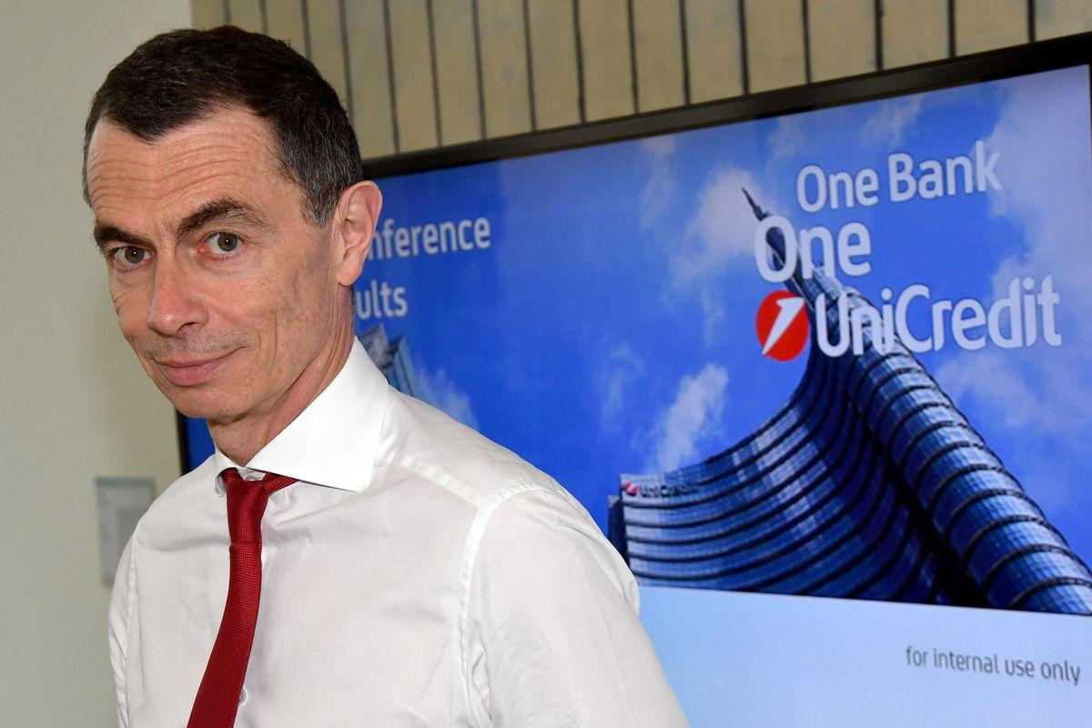 Unicredit si alleggerisce di un terzo di Btp