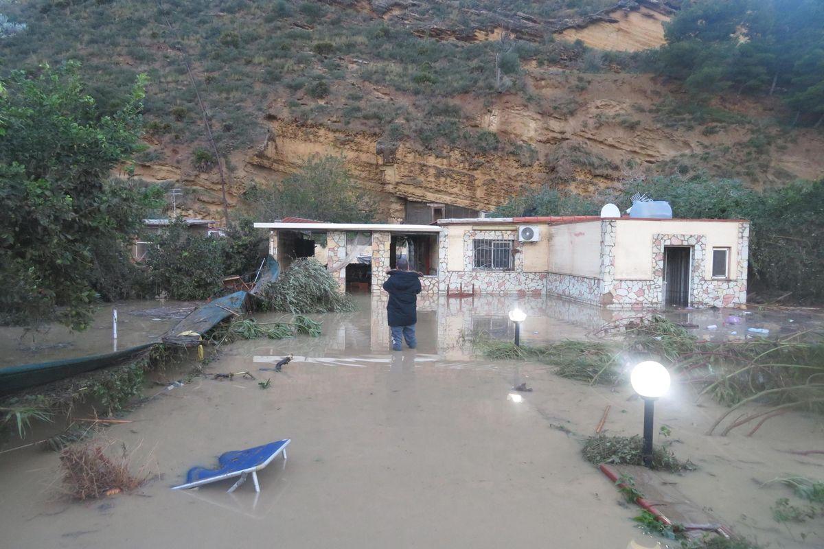 Abusi in Sicilia, la causa del disastro è l'assenza di regole