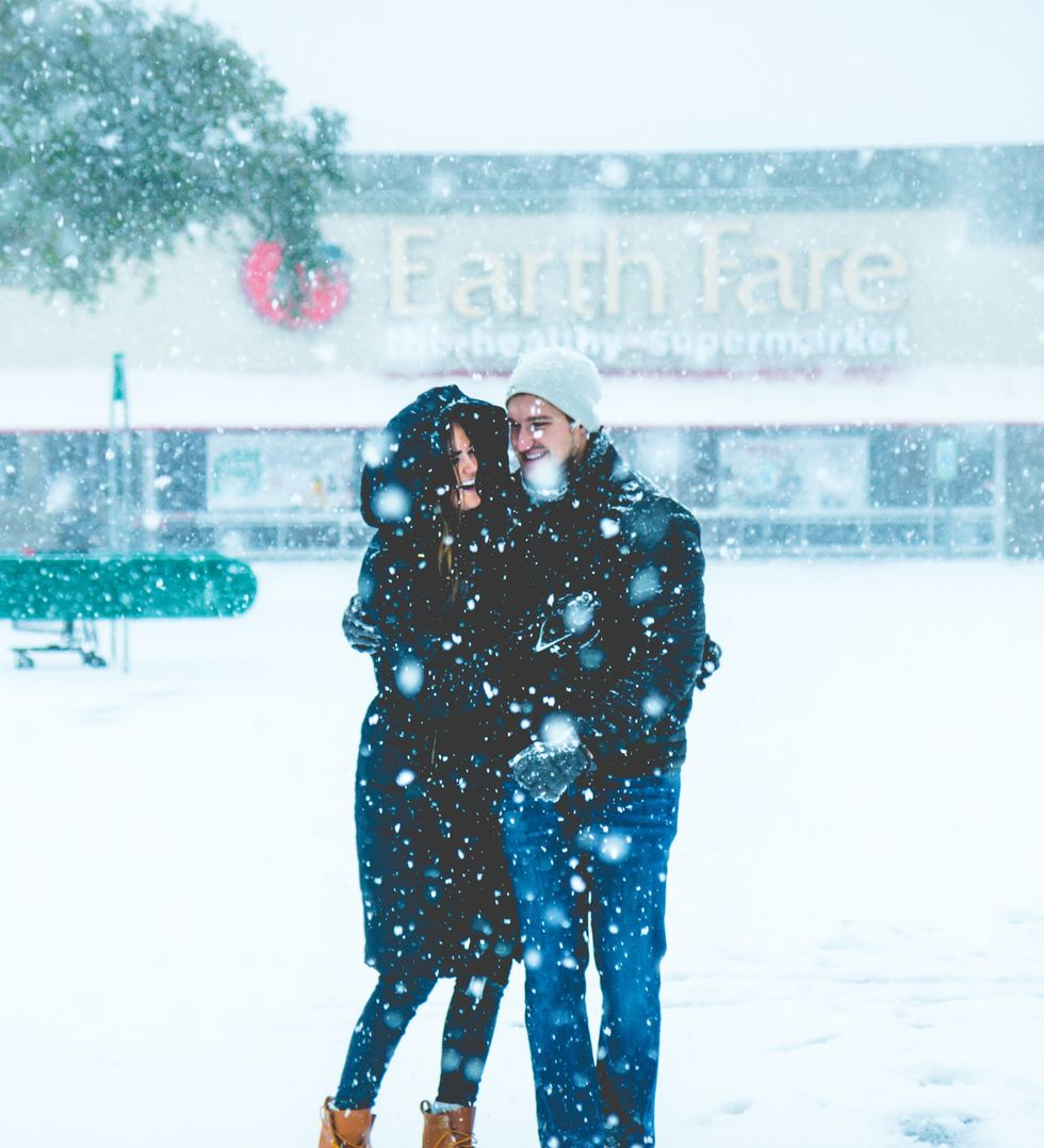 10 Ways To Use Winter Weather To Benefit Your Dating Life