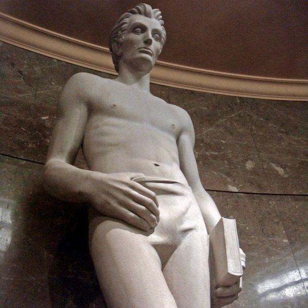 Why Is This Abraham Lincoln Sculpture So Thirsty?
