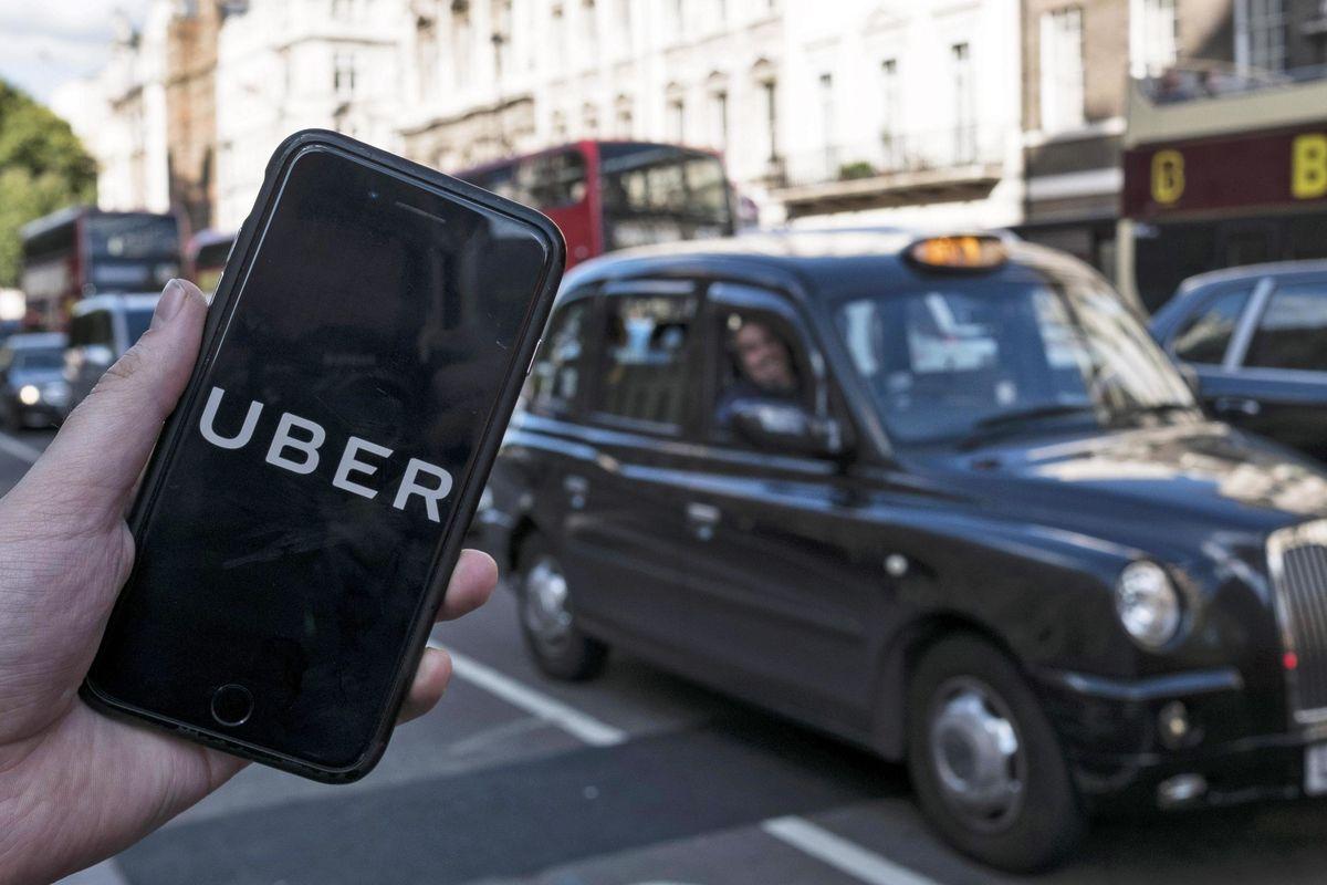 Uber dice addio al pilota automatico. Un fallimento in più sulla scia di Tesla